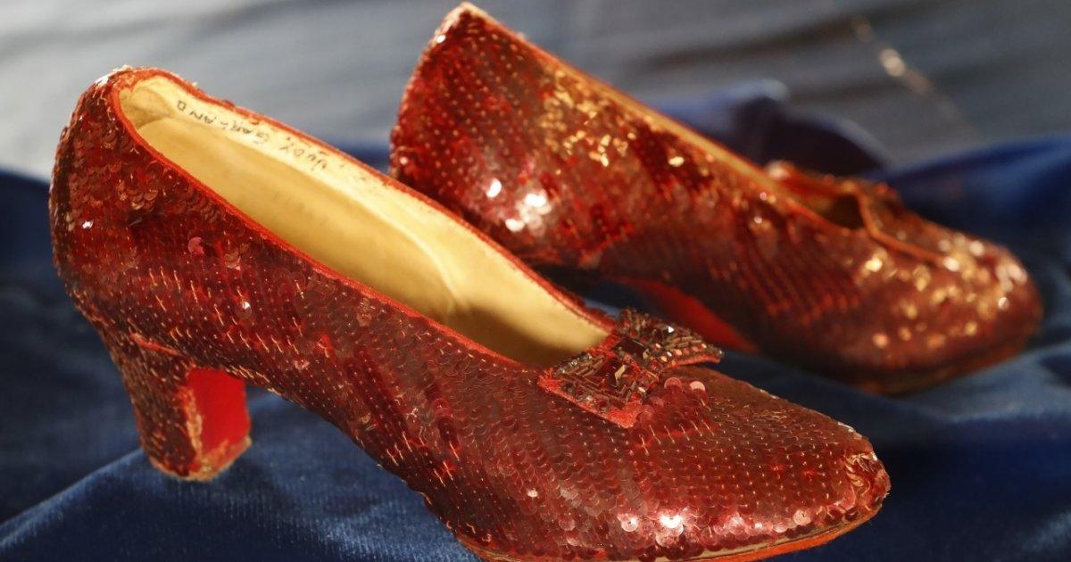 l fbi ritrova le scarpette rosse di dorothy del mago di oz mago di oz
