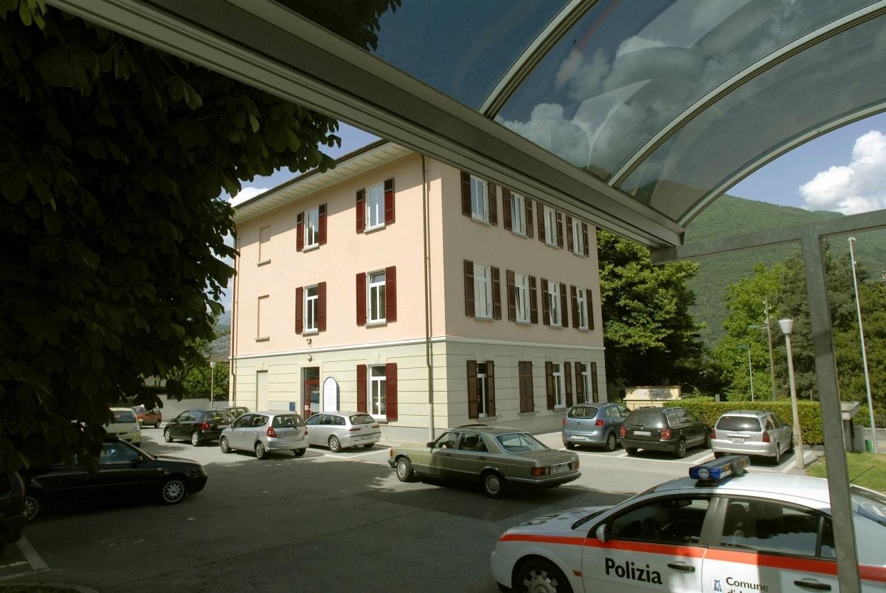 Casa comunale di losone passato glorioso futuro incerto for Casa comunale