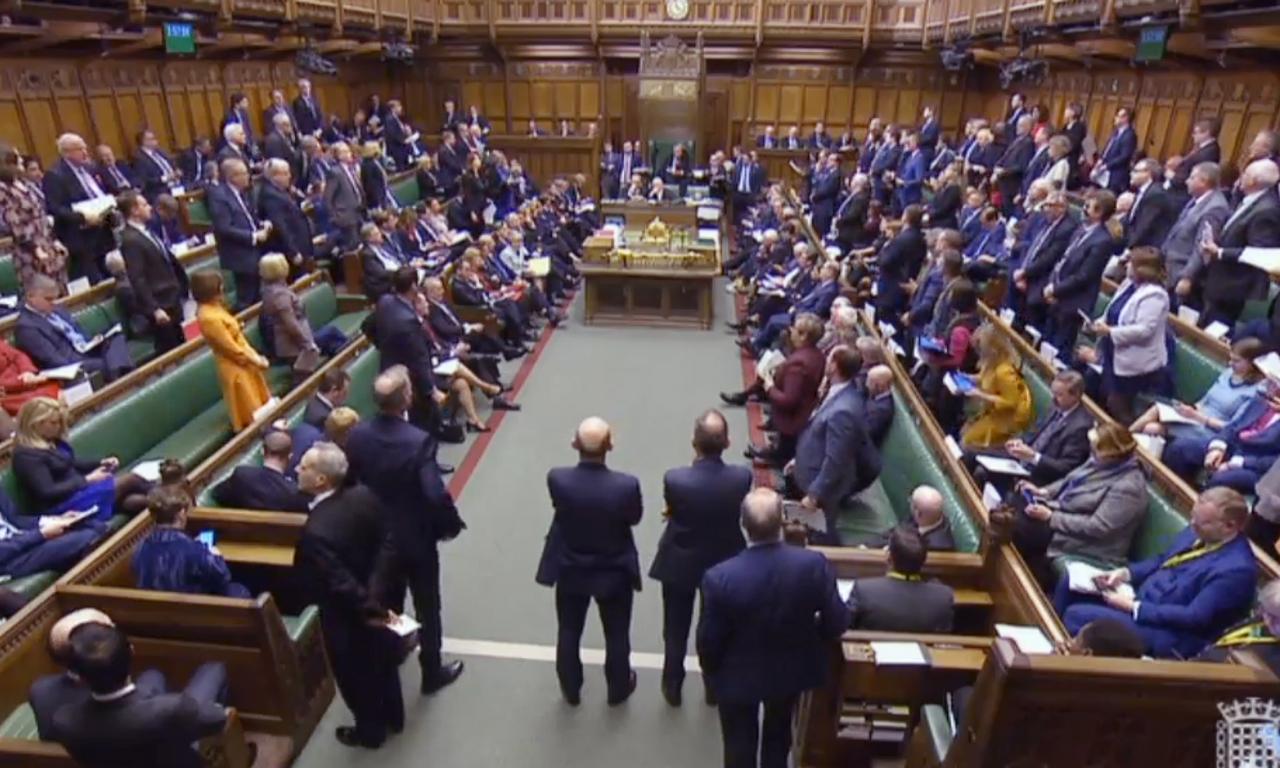 Laregione brexit il parlamento prende le redini for Streaming parlamento