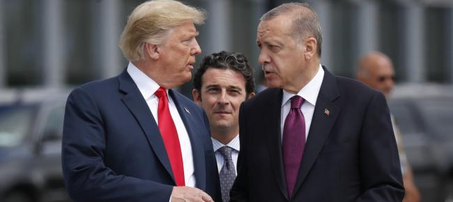 Risultato immagini per immagine presidente turco con trump