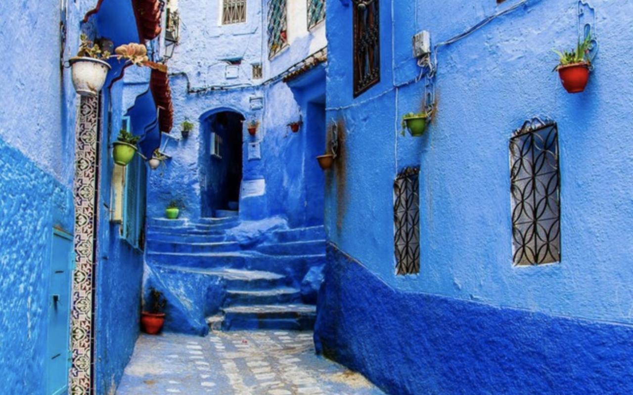 Colorati D Azzurro Chiaro È il blu della calma e della serenità a invitarci a