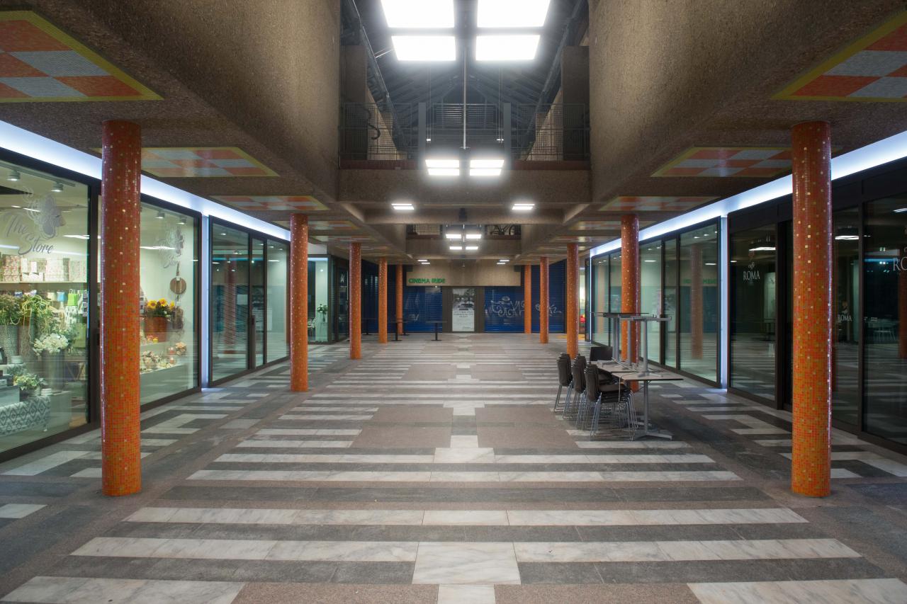 Agenzie Lavoro Canton Grigioni uss, unia e ocst: 'chiudere tutte le attività non essenziali